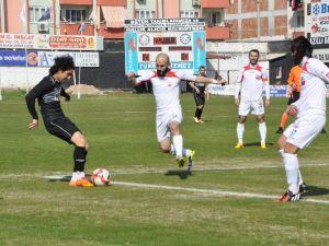 Nazilli Belediyespor: 3 Kahramanmaraşspor: 1