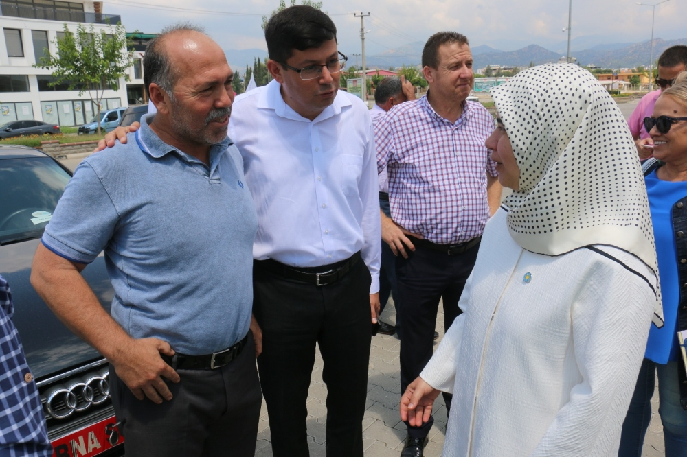İYİ Partili Berna Sukas Nazilli Sanayi'sine çıkarma yaptı 1