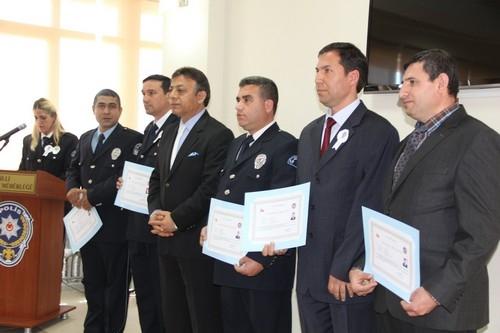 BAŞARILI POLİSLER ÖDÜLLENDİRİLDİ 25