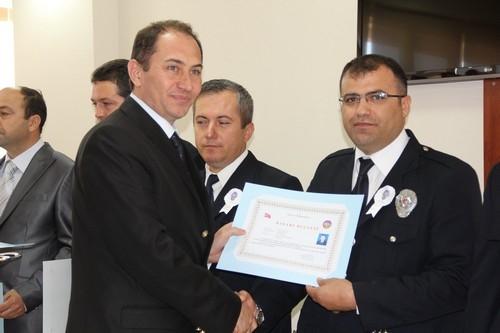 BAŞARILI POLİSLER ÖDÜLLENDİRİLDİ 28