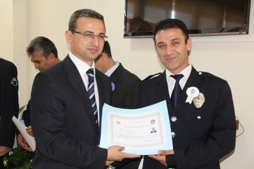 BAŞARILI POLİSLER ÖDÜLLENDİRİLDİ 33