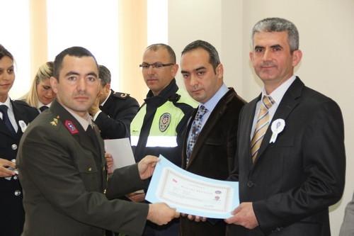 BAŞARILI POLİSLER ÖDÜLLENDİRİLDİ 36