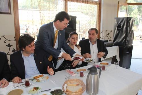 AK PARTİ, MART 2014'E KİLİTLENDİ 3