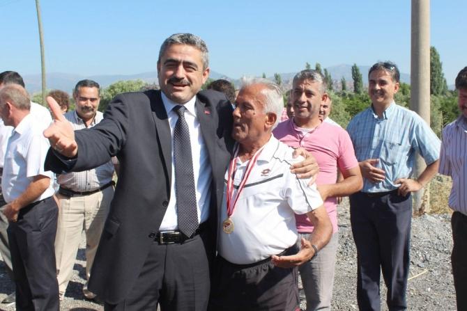 'ŞAMPİYON' NAZİLLİ'YE DÖNDÜ 11