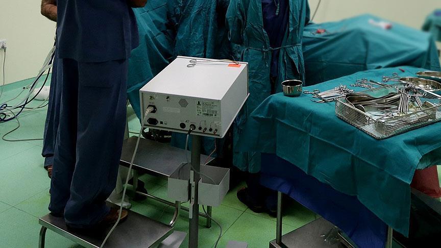 Türkiye'de yılda yaklaşık 9 bin kişi mide küçültme ameliyatı oluyor