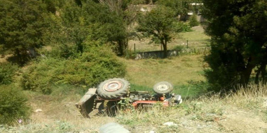 Traktörün altında feci şekilde can verdi