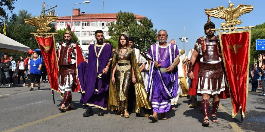 KARACASU'DA BEKLENEN FESTİVAL BAŞLADI