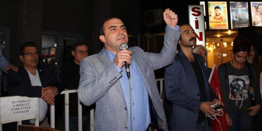 Eşbaşkan Öreroğlu belediyeyi parti binasına çevirdi!