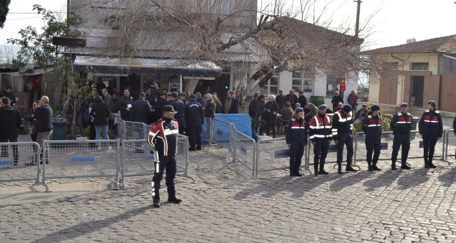 Aydın'da balık çiftliği ÇED bilgilendirme toplantısı, tepkiler nedeniyle yapılamadı...
