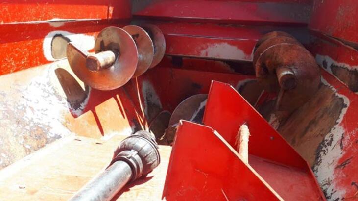 Aydın'da yem karma makinesine montunu kaptıran çocuk öldü