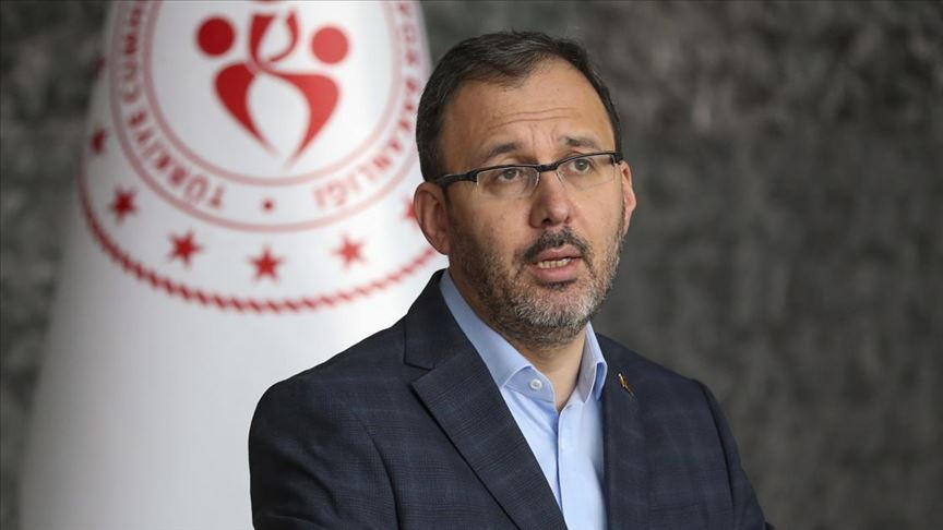Gençlik ve Spor Bakanı Kasapoğlu: Yurt ücretleri an itibarıyla iade edilmeye başlanmıştır