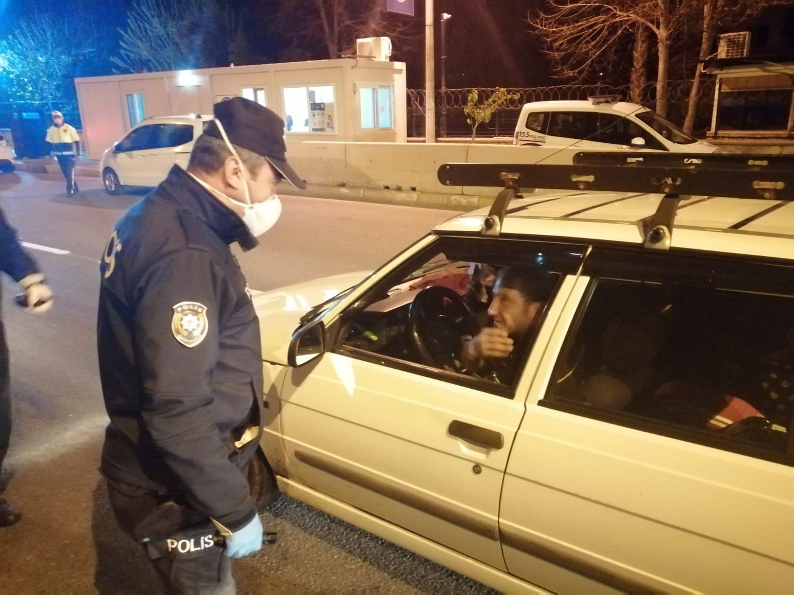 NAZİLLİ'DE POLİS DENETİMİ SÜRÜYOR