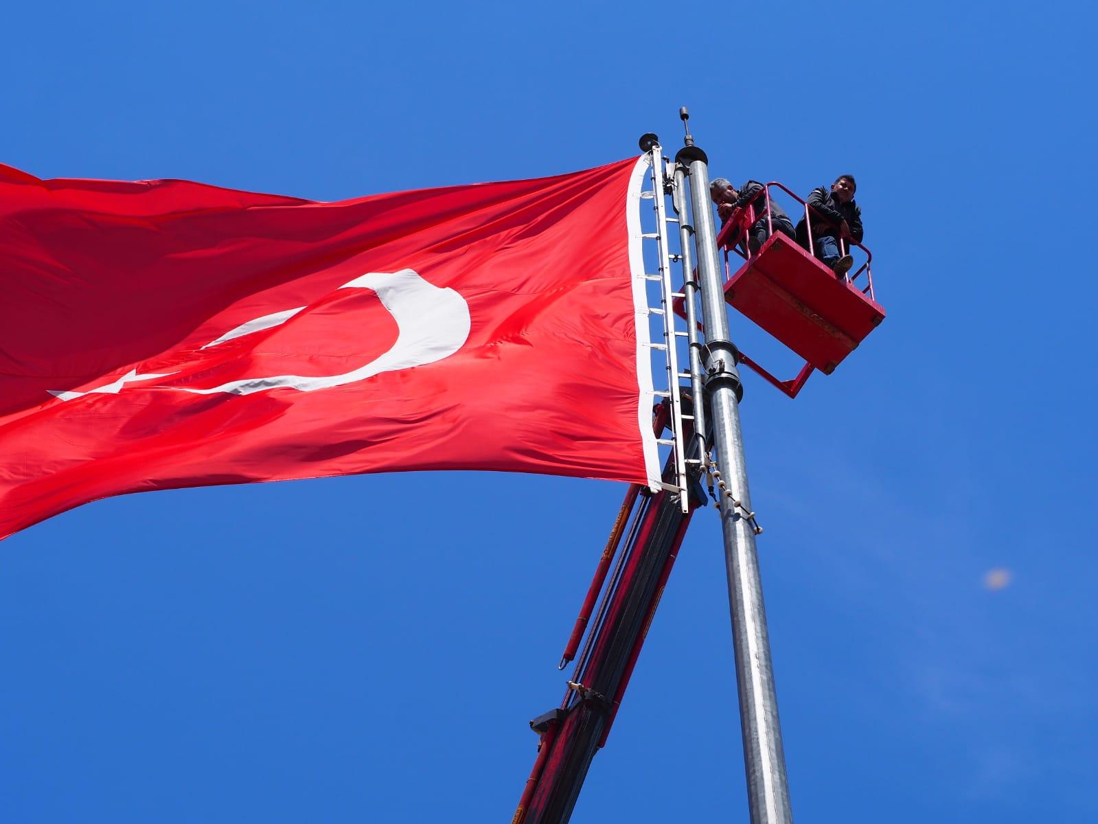 Nazilli'de Türk bayrağı yeniden dalgalanacak