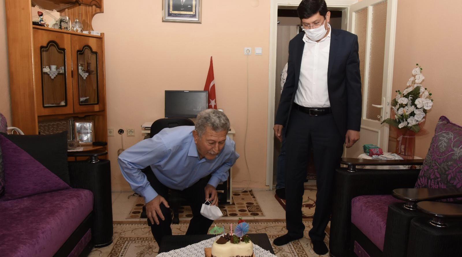 Başkan Özcan 1 Mayıs'ta Doğan Emekçileri Unutmadı