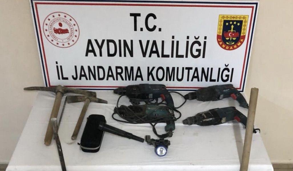 Aydın'da kaçak kazı operasyonunda 9 kişi yakalandı