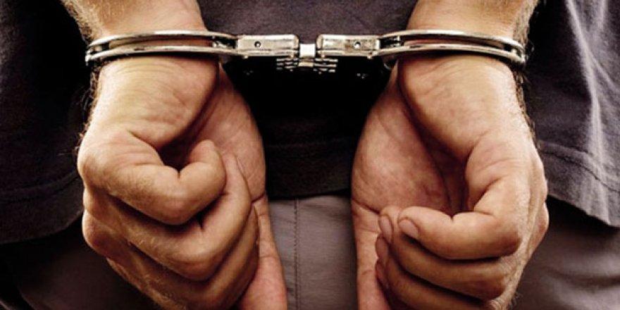 Aydın'da motosiklet çaldığı iddia edilen 2 kişi yakalandı