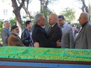 Pekgüzel, Önder Aksakal'ın Acısını Paylaştı