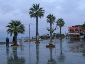 Didim'de Sağanak Yağış