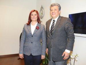 Balbay: Çerçioğlu Başarılarıyla Türkiye'ye Örnek Olmuştur