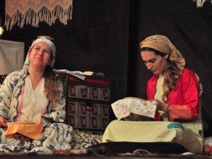 Nazilli'de '18 Mart 1915 Hatırladınız Mı?' Adlı Tiyatro Oyunu Sahnelendi