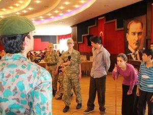Liseli Öğrenciler Çanakkale Ruhunu Hissetti
