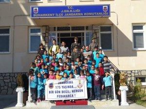 Buharkentli Öğrencilerden Jandarmaya Ziyaret