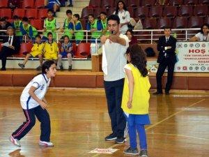 Çocuk Oyunları Şenliği Renkli Görüntülere Sahne Oldu