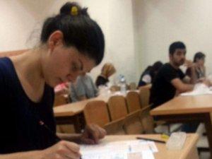 Parasız Yatılılık ve Bursluluk Sınavının Saati Değişti