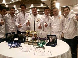 ADÜ'lü aşçılar 11 madalya ile döndü