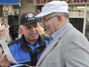 NAZİLLİ POLİSİ UYARICI BROŞÜR DAĞITTI