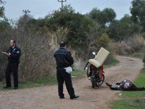 Motosikletten Düşen Şahıs Ölü Bulundu
