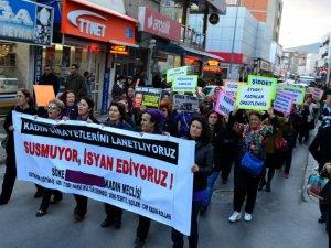 Söke'de Kadınlar Hakları İçin Yürüdü