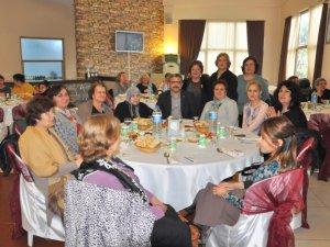 Başkan Haluk Alıcık, annelerin yeni yılını kutladı