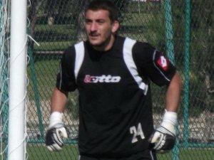 Kuşadasıspor'un kalecisi Şükrü Fırtına, 3 maç ceza aldı