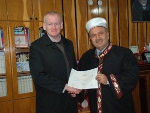 56 yaşında Müslüman oldu Yahya ismini aldı