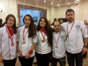 ADÜ'lü öğrenciler, 9 dalda 8 madalya kazandı