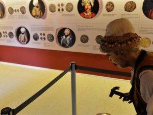 Osmanlı'nın ilk darphanesi para müzesi oldu