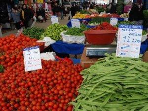 Didim'de Cumartesi pazarında gıda denetimleri sürüyor