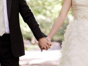 Evleneceğiniz kişiden kendinizi saklamayın