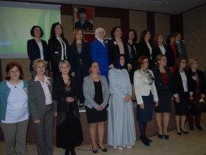 Kadınlar milletvekili koltuklarına göz dikti