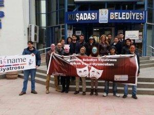 Kuşadası Belediyesi'nden Dünya Tiyatrolar Günü kutlaması