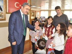 Başkan Alıcık, başarılı öğrencileri ödüllendirdi