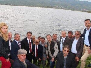 CHP'li adaylar sel mağduru çiftçilerin dertlerini dinledi