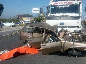 Trafik Kazasında Işık İhlali Ölüm Getirdi: 3 Ölü
