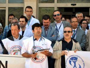 Aydınlı Tabipler Dr. Ersin Arslan'ı Unutmadı