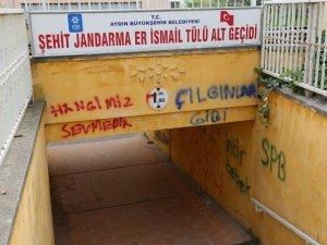 Şehit İsminin Verildiği Alt Geçidin Duvarları Aşıkların Gazabına Uğradı