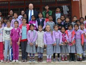 """Başkan Özakcan; """"Çocuklarımızı Çok Seviyor ve Onlara Güveniyoruz"""""""
