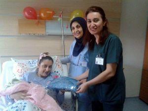Aydın'da 23 Nisan'ın İlk Bebeği Dünyaya Geldi