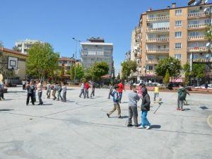 Ekrem Çifçi İlkokulu Spor Alanlarına Kavuştu