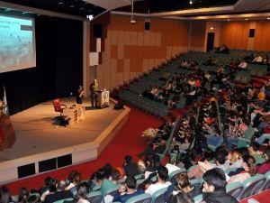Amerikalı Sosyolog Goldman ADÜ'de Konferans Verdi
